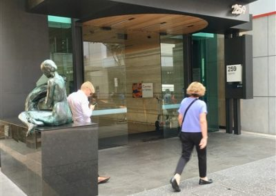 Dialogue sculpture by Cezary Sturgis (2004) at the Entrance of 259 Queen Street, Brisbane